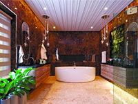 Реечный дизайнерский потолок для ванной